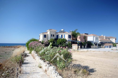 Leptos Estates Latchi Beach Villas